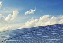 אנרגיה טבעית באמצעות התקנת פאנלים סולאריים